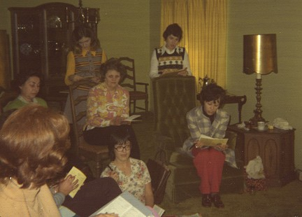 © Lakeshore helps form Lakeside, 1974; Garland County Extension Homemaker's Club Records MC1117