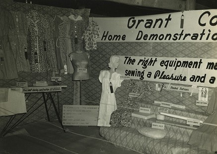 Grant County Home Demonstration Club booth at the 1946 Pine Bluff District Livestock Show and Fair; Dorris Vick Collection MC961 © Pryor Center for Arkansas Oral and Visual History, University of Arkansas