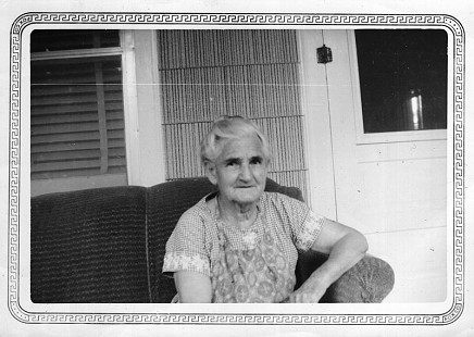 Maudie Junior at age 75; Ila Adcox's mother and Mike Beebe's great-grandmother, September 1960 © Pryor Center for Arkansas Oral and Visual History, University of Arkansas