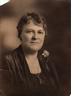 Kate Arnold, wife of W. H. Arnold and grandmother of Morris Arnold © Pryor Center for Arkansas Oral and Visual History, University of Arkansas