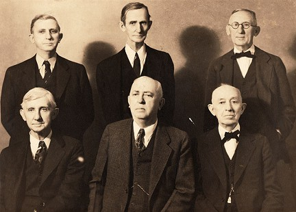 Sanderson brothers, back row: Jim, Alex, Morris, front row: Hiram, Noah, Jeff; maternal great-grandfather and uncles of Morris Arnold © Pryor Center for Arkansas Oral and Visual History, University of Arkansas