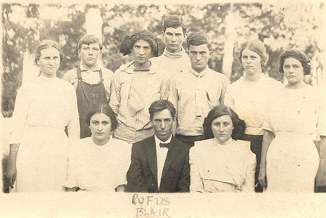 Rufus Blair, grandfather of Jim Blair, with classmates of Marshall School © Pryor Center for Arkansas Oral and Visual History, University of Arkansas