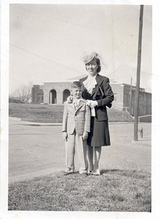 Jim Blair with his aunt, Mary Grace Blair; Fayetteville High School in background © Pryor Center for Arkansas Oral and Visual History, University of Arkansas