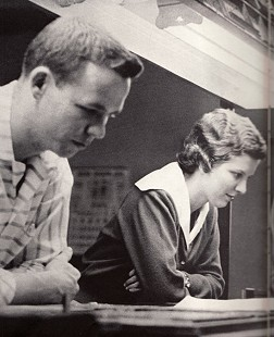 Phyllis Dillaha (Brandon) and Vance Arbuckle working at the <i>Arkansas Traveler</i> at the University of Arkansas &copy; Pryor Center for Arkansas Oral and Visual History, University of Arkansas