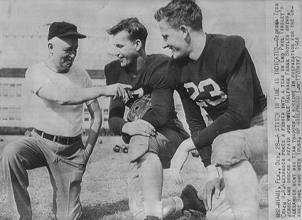 Coach W. A. Alexander of Georgia Tech with Frank Broyles (right) before the 1944 Orange Bowl game © Pryor Center for Arkansas Oral and Visual History, University of Arkansas