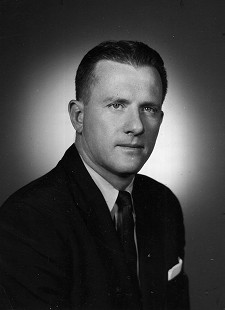 Frank Broyles, University of Missouri head coach, 1957 © Pryor Center for Arkansas Oral and Visual History, University of Arkansas