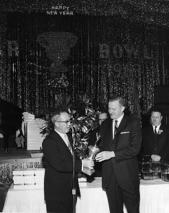 Frank Broyles receiving an award in New Orleans, New Year's 1963 © Pryor Center for Arkansas Oral and Visual History, University of Arkansas