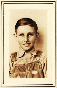 Betty Flanagan Bumpers's brother, Callans Flanagan, school picture, ca. 1930–31 © Pryor Center for Arkansas Oral and Visual History, University of Arkansas
