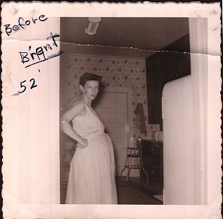 Betty Bumpers pregnant with Brent, 1952 © Pryor Center for Arkansas Oral and Visual History, University of Arkansas