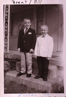 Betty Bumpers's sons, Brent and Bill; Charleston, Arkansas, Easter 1959 © Pryor Center for Arkansas Oral and Visual History, University of Arkansas
