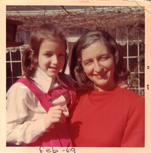 Betty Bumpers with her daughter, Brooke, ca. 1969 © Pryor Center for Arkansas Oral and Visual History, University of Arkansas