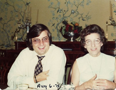 Betty Bumpers's nephew, Archie Schaffer III, with his mother, Margaret Flanagan Schaffer © Pryor Center for Arkansas Oral and Visual History, University of Arkansas