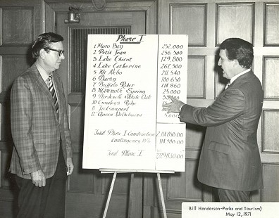 Governor Dale Bumpers (right) reviewing the department budget with Arkansas Parks and Tourism director, Bill Henderson, 1971 © Pryor Center for Arkansas Oral and Visual History, University of Arkansas