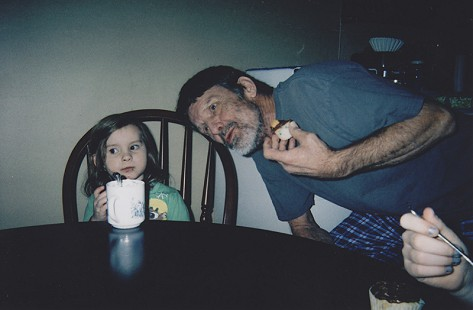 Terry Cagle with his niece, Chloe Dennis © Pryor Center for Arkansas Oral and Visual History, University of Arkansas