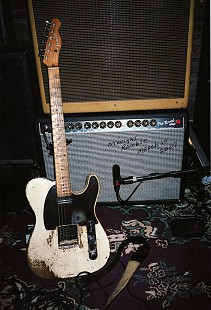Earl Cate's Fender Telecaster guitar at Levon Helm's Midnight Ramble; Woodstock, New York, March 10, 2007 © Pryor Center for Arkansas Oral and Visual History, University of Arkansas