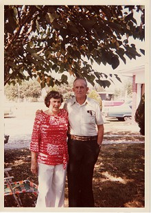 Ernie and Earl Cate's parents, Florence and Lloyd Cate; 1978 © Pryor Center for Arkansas Oral and Visual History, University of Arkansas