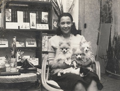 Margaret Clark with her pets © Pryor Center for Arkansas Oral and Visual History, University of Arkansas
