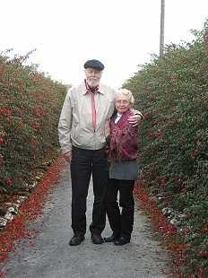 Ernie and Elaine Dumas in Ireland, 2005 © Pryor Center for Arkansas Oral and Visual History, University of Arkansas