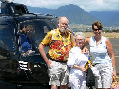 Ernie and Elaine Dumas with niece, Alesia Dumas, after helicopter ride in Maui, Hawaii, 2007 © Pryor Center for Arkansas Oral and Visual History, University of Arkansas