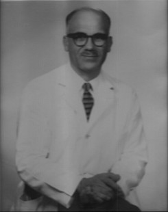 Ted Panos, the doctor who hired Joycelyn Elders to be the chief resident at the University of Arkansas Medical Center © Pryor Center for Arkansas Oral and Visual History, University of Arkansas