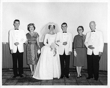 Wedding photo of Dan and Patsy Ferritor, Kansas City, 1962 © Pryor Center for Arkansas Oral and Visual History, University of Arkansas