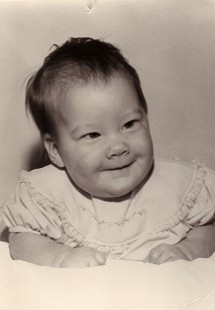 Baby photo of Dan Ferritor's daughter, Kim, 1964 © Pryor Center for Arkansas Oral and Visual History, University of Arkansas