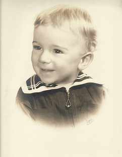 Portrait of Dickson Flake as a baby © Pryor Center for Arkansas Oral and Visual History, University of Arkansas