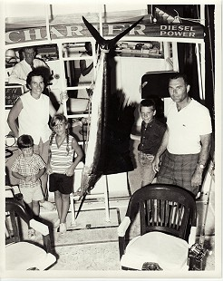 June and Edmond Freeman fishing with family off the coast of Panama City, June 1964 © Pryor Center for Arkansas Oral and Visual History, University of Arkansas