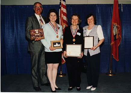 Sharon Priest and June Freeman, center, at awards ceremony © Pryor Center for Arkansas Oral and Visual History, University of Arkansas