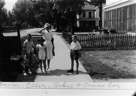 "Ellen Gilchrist (2nd from left) with her brother, Dooley Gilchrist; her mother, Aurora ""Bodie"" Louise Alford Gilchrist; and Crane boy © Pryor Center for Arkansas Oral and Visual History, University of Arkansas"