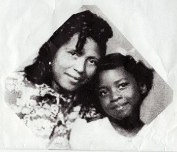 Dorothy Clayborne (Gillam) and her mother, Eddie Mae Clayborne, 1944 © Pryor Center for Arkansas Oral and Visual History, University of Arkansas