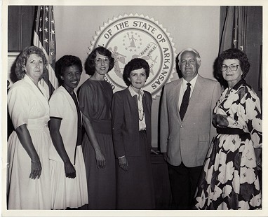 Dorothy Gillam (2nd from left), 1987 © Pryor Center for Arkansas Oral and Visual History, University of Arkansas