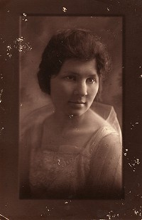 Portrait of Hank Haines's mother, Florence Gallup Haines © Pryor Center for Arkansas Oral and Visual History, University of Arkansas