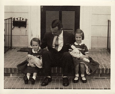 Hank Haines with his daughters, Harriett and Elizabeth; Easter, ca. 1957 © Pryor Center for Arkansas Oral and Visual History, University of Arkansas