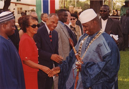 George Haley with Gambia envoys © Pryor Center for Arkansas Oral and Visual History, University of Arkansas
