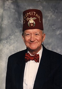John Paul Hammerschmidt wearing his Scimitar fez                               © Pryor Center for Arkansas Oral and Visual History, University of Arkansas