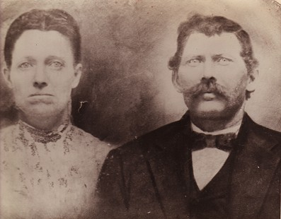 Ronnie Hawkins's grandparents, Rachel and Billy Hawkins © Pryor Center for Arkansas Oral and Visual History, University of Arkansas