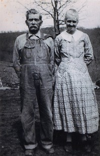 Ronnie Hawkins's grandparents, Billy and Rachel Hawkins © Pryor Center for Arkansas Oral and Visual History, University of Arkansas