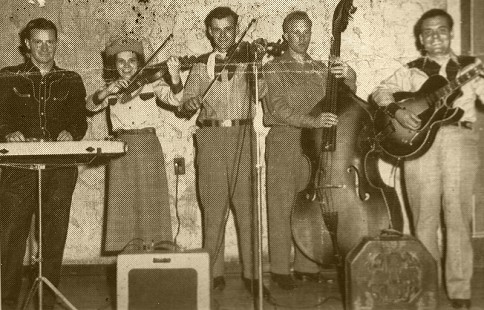 Ronnie Hawkins's cousins, Dorlas Haskins (2nd from left) and Marvin Haskins (far right), Montana © Pryor Center for Arkansas Oral and Visual History, University of Arkansas