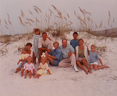 Hunt family at the beach, 1995 © Pryor Center for Arkansas Oral and Visual History, University of Arkansas