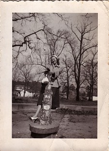 Johnelle DeBusk (Hunt) at a park in Heber Springs, Arkansas, 1949 © Pryor Center for Arkansas Oral and Visual History, University of Arkansas