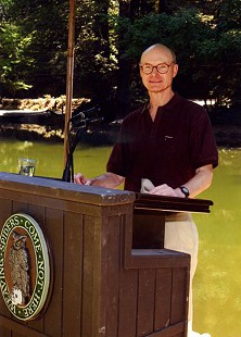 Walter E. Hussman Jr. at Bohemian Grove, Monte Rio, California © Pryor Center for Arkansas Oral and Visual History, University of Arkansas