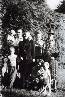 Chester Johnson (lower right) with his paternal grandparents and other family members; Wilmar, Arkansas, ca. 1946  © Pryor Center for Arkansas Oral and Visual History, University of Arkansas