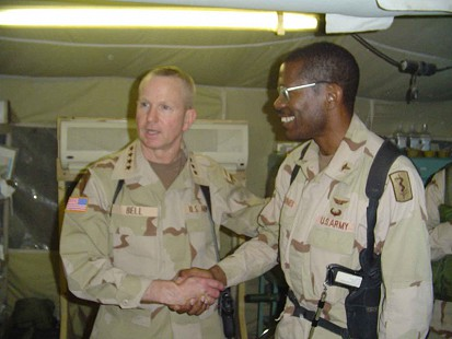 Dr. Bobby Jones with Gen. Burwell B. Bell in Iraq © Pryor Center for Arkansas Oral and Visual History, University of Arkansas