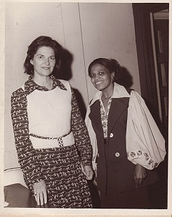 Edith Irby Jones (right) © Pryor Center for Arkansas Oral and Visual History, University of Arkansas