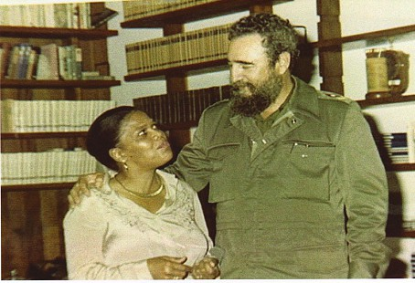 Edith Irby Jones with Fidel Castro © Pryor Center for Arkansas Oral and Visual History, University of Arkansas