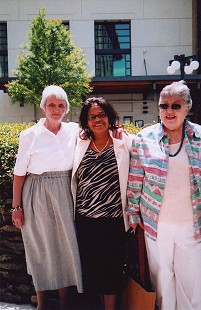 Edith Irby Jones with her friends, Betty and Mary, 2005 © Pryor Center for Arkansas Oral and Visual History, University of Arkansas