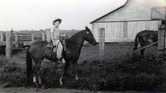 Bobby Lamb on his horse, Dolly © Pryor Center for Arkansas Oral and Visual History, University of Arkansas