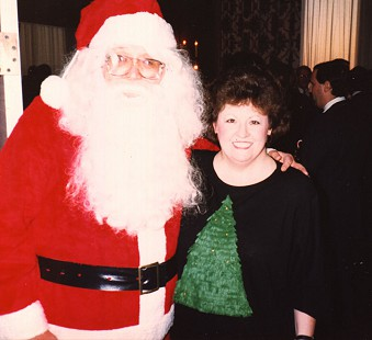 Bob Lamb as Santa with his wife, DeeDee © Pryor Center for Arkansas Oral and Visual History, University of Arkansas