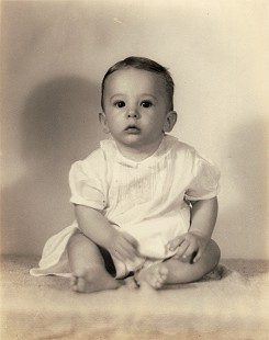 David Lambert in 1940 at eight months of age © Pryor Center for Arkansas Oral and Visual History, University of Arkansas
